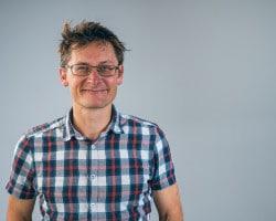 Igor-Wijnker-met-onweerstaanbaar-verhaal